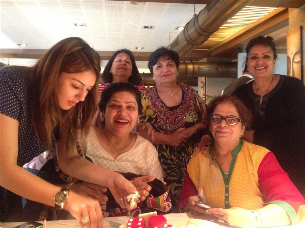 Hansika Motwani,actress Hansika Motwani,Hansika Motwani Surprise Party on her Mom Birthday,Hansika Motwani Mom Birthday,Hansika Motwani latest pics,Hansika Motwani latest images,Hansika Motwani latest photos,Hansika Motwani latest stills,Hansika Motwani l