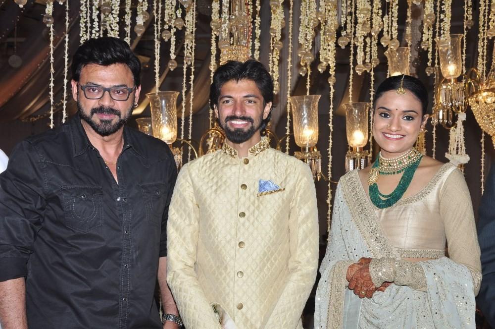 Priyanka Dutt Wedding Reception,Nag Ashwin Wedding Reception,Priyanka Dutt and Nag Ashwin Wedding Reception,Mahesh Babu,Allu Arjun,Ram Charan,Venkatesh