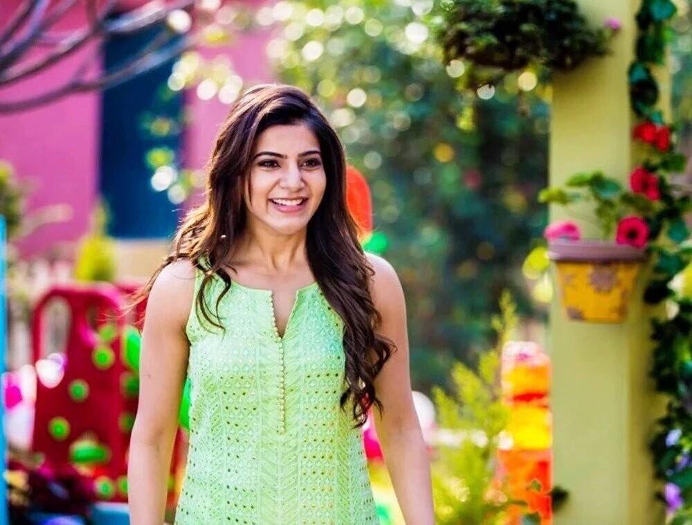 Mahesh Babu,Samantha,Mahesh Babu and Samantha,Mahesh Babu in Brahmotsavam,Samantha in Brahmotsavam,Brahmotsavam movie stills,Brahmotsavam,telugu movie Brahmotsavam,Brahmotsavam movie pics,Brahmotsavam movie images,Brahmotsavam movie pictures,Brahmotsavam