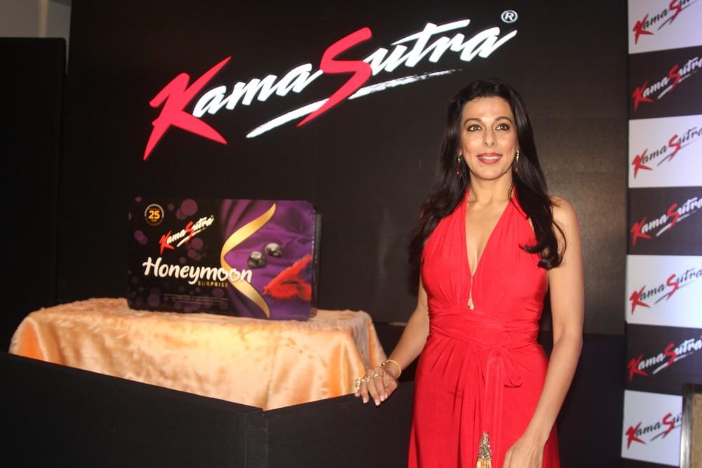 Pooja Bedi,KamaSutra Honeymoon Surprise Pack,KamaSutra Honeymoon,Honeymoon Surprise Pack,KamaSutra,kamasutra condoms,kamasutra condom,Pooja Bedi launches KamaSutra Honeymoon Surprise Pack