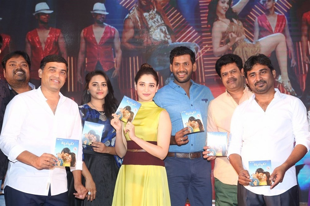 Okkadochadu Audio Launch,Okkadochadu,Vishal,Tamanna,Sri Divya,Okkadochadu Audio Launch pics,Okkadochadu Audio Launch images,Okkadochadu Audio Launch photos,Okkadochadu Audio Launch stills