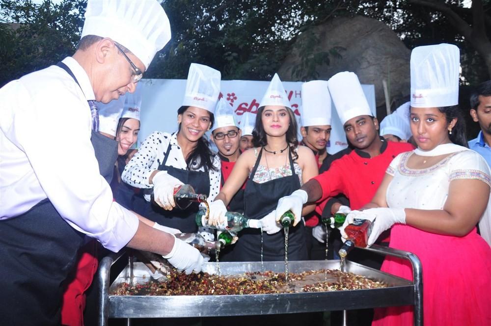 Yamini Bhaskar,actress Yamini Bhaskar,Christmas Cake Mixing,Christmas Cake Mixing Ceremony,Yamini Bhaskar Participate Christmas Cake Mixing Ceremony