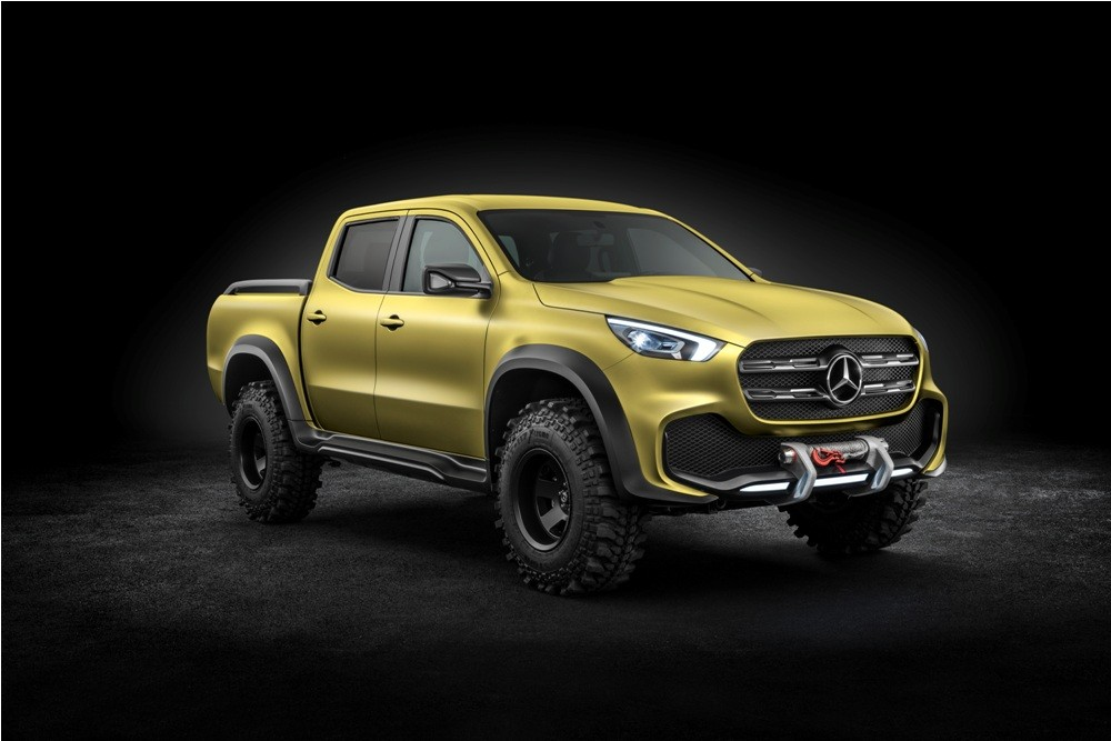 mercedes benz x class pickup concept unveiled to enter production in 2017. Black Bedroom Furniture Sets. Home Design Ideas