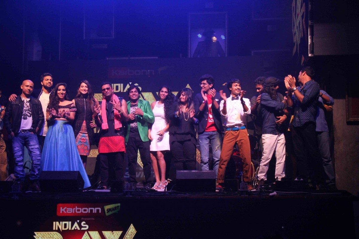 Honey Singh, Gauhar with contestants