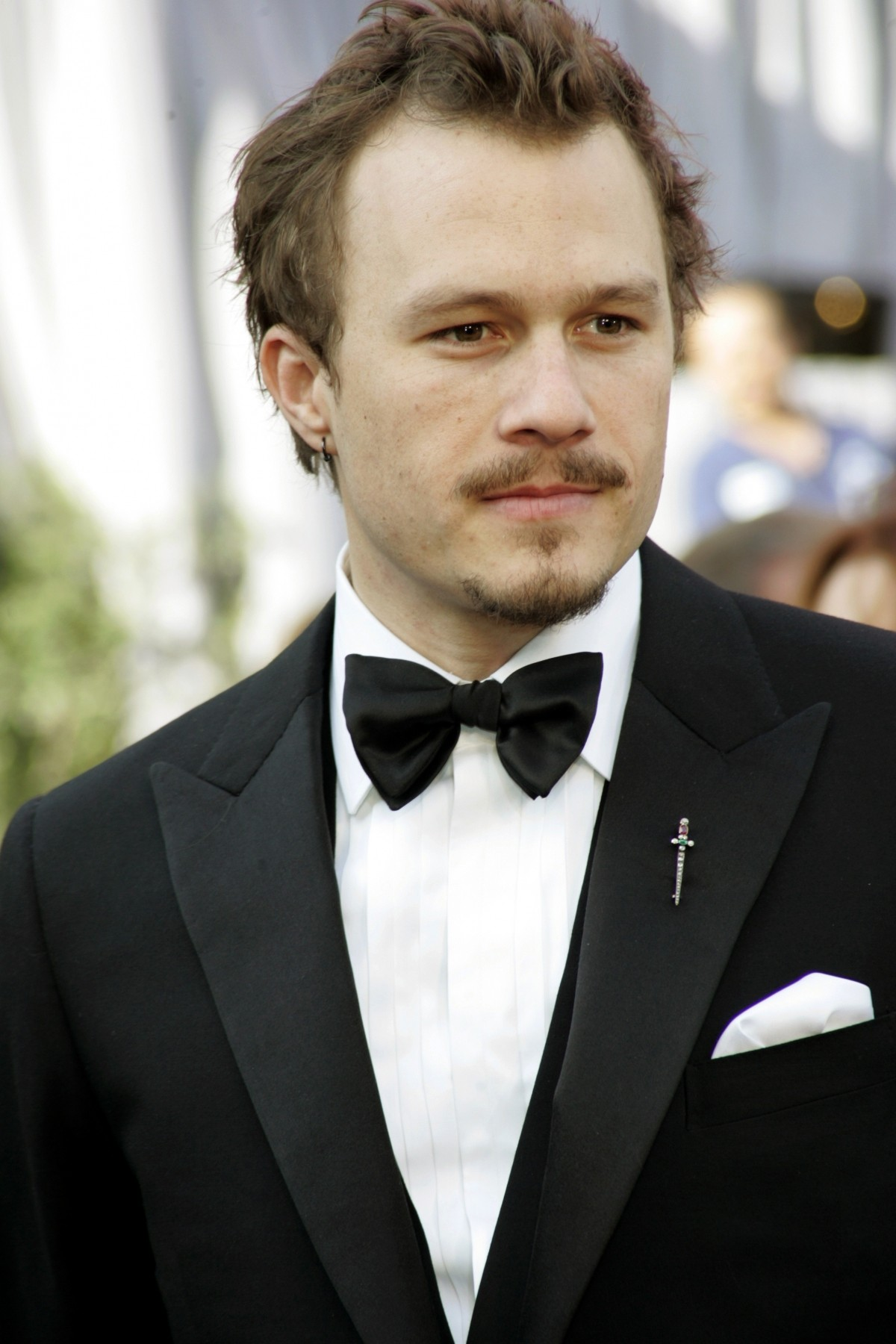 Most shocking celebrity suicides in hollywood - Heath ledger pics ...