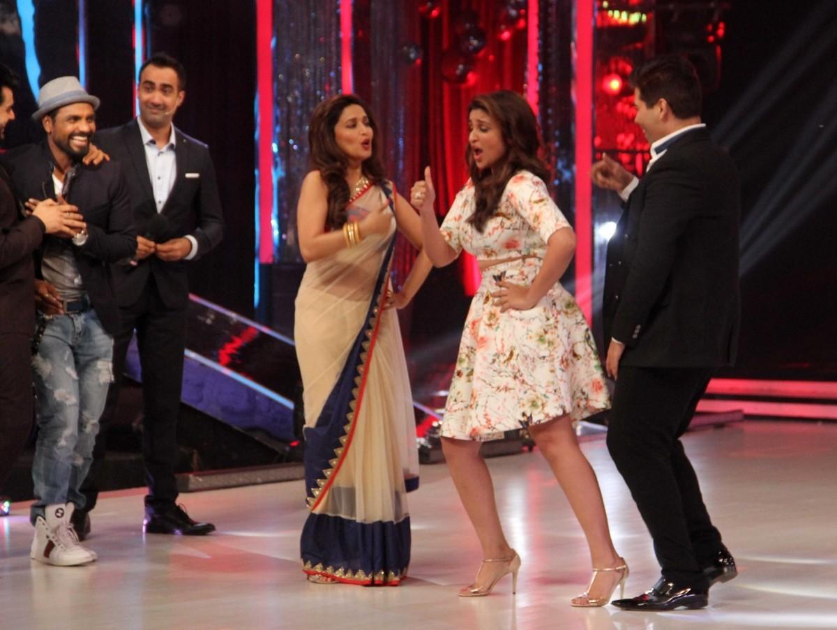 Aditya Roy Kapoor, Parineeti Chopra Promote 'Daawat-e-Ishq' on 'Jhalak Dikhhla Jaa'