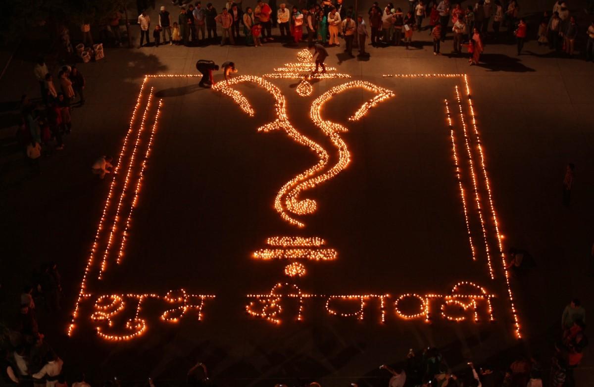 Diwali 2014: Beautiful Rangoli Designs for this Festival [PHOTOS ... for Diwali Lamps Designs  53kxo