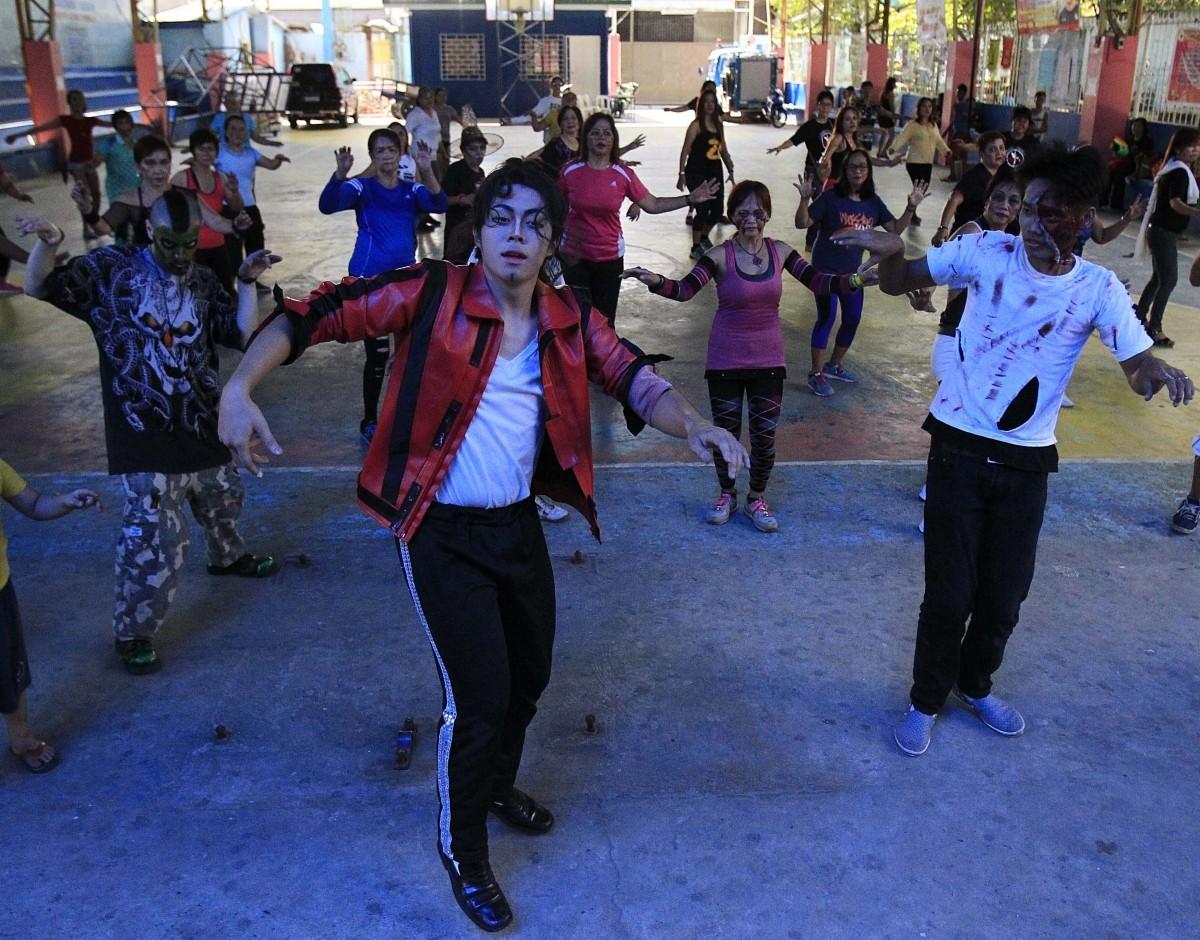 Zombie Zumba Dance