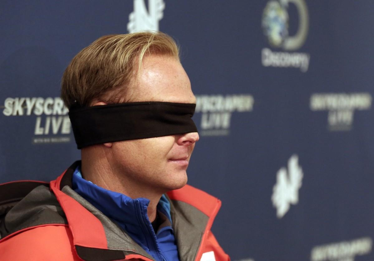 Nik Wallenda wears his blindfold
