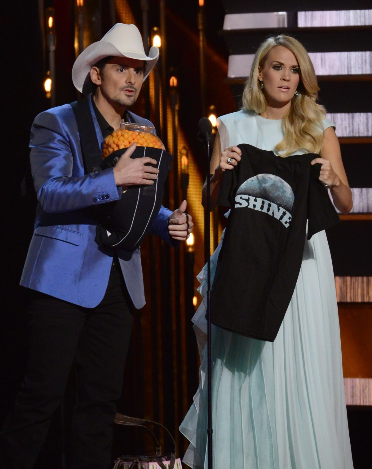 Brad Paisley and Carrie Underwood host the CMAs