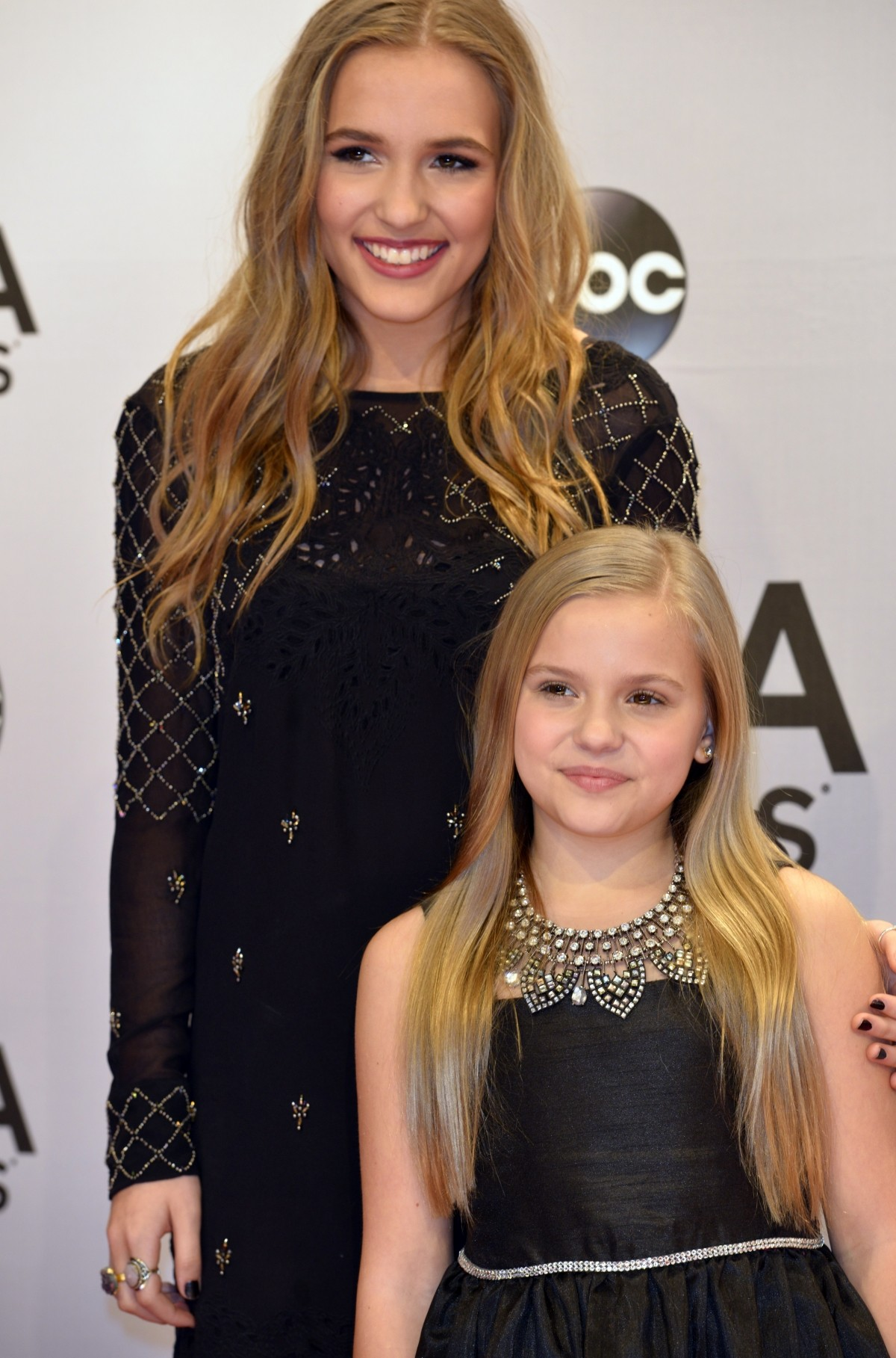 Best dressed at the CMA red carpet