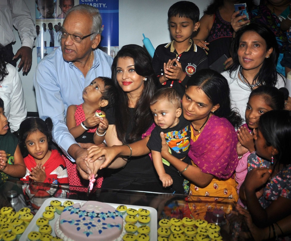 Aishwarya rai bachchan baby birthday