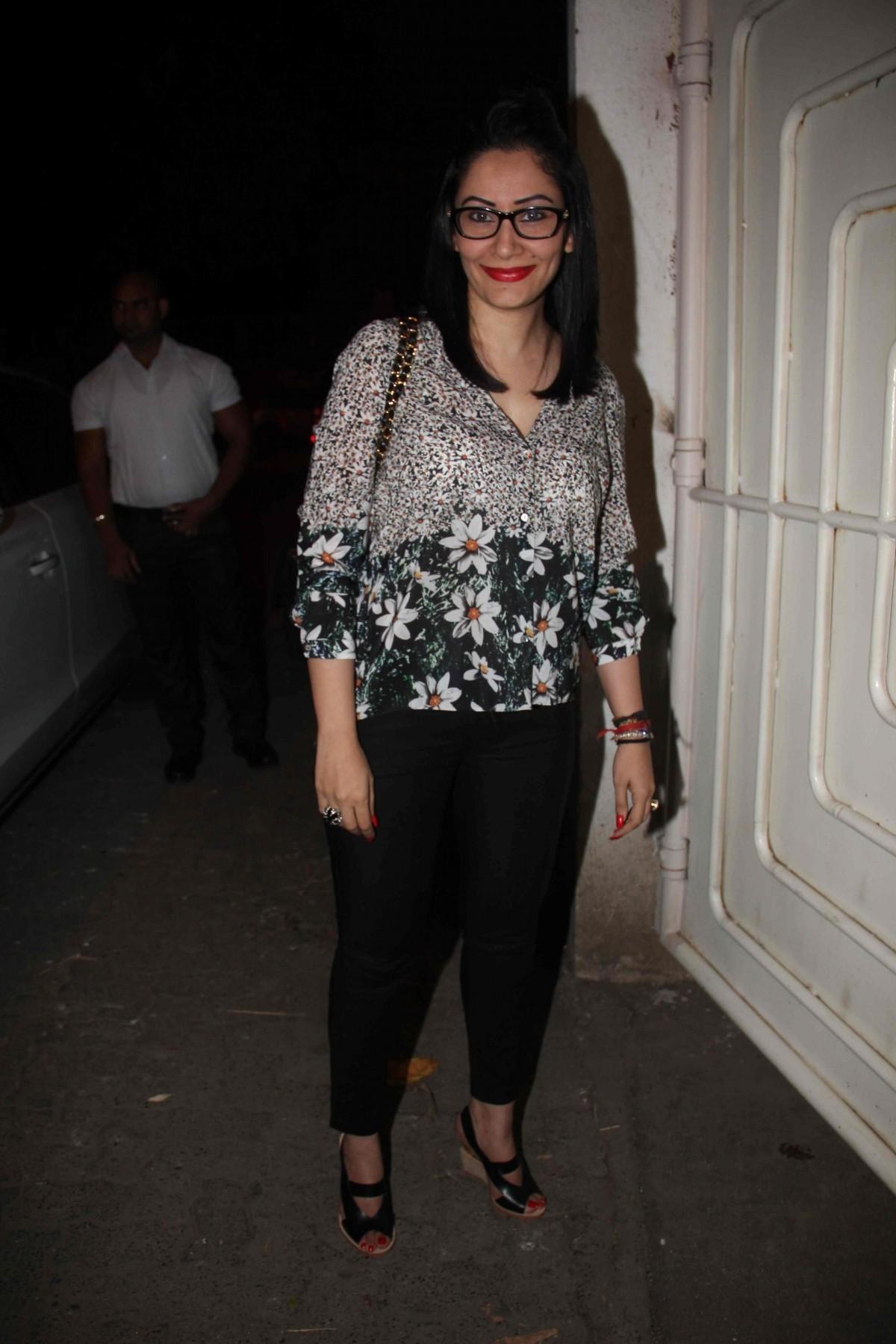 'Action Jackson': Sonakshi Sinha, Manyata Dutt attends Film's Special Screening at Sunny Super Sound