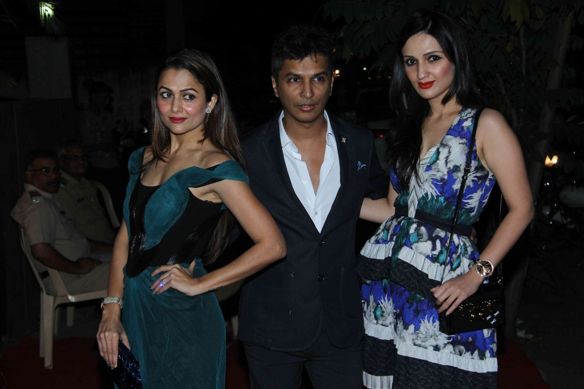 Priyanka Chopra, Sonakshi Sinha, Ayushmann Khurrana and Other Celebs Attend Launch of Vikram Phadnis' Store
