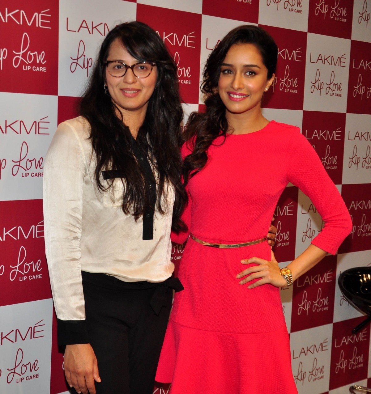 Shraddha Kapoor Charms Audience in Pink Dress at Lakme Event