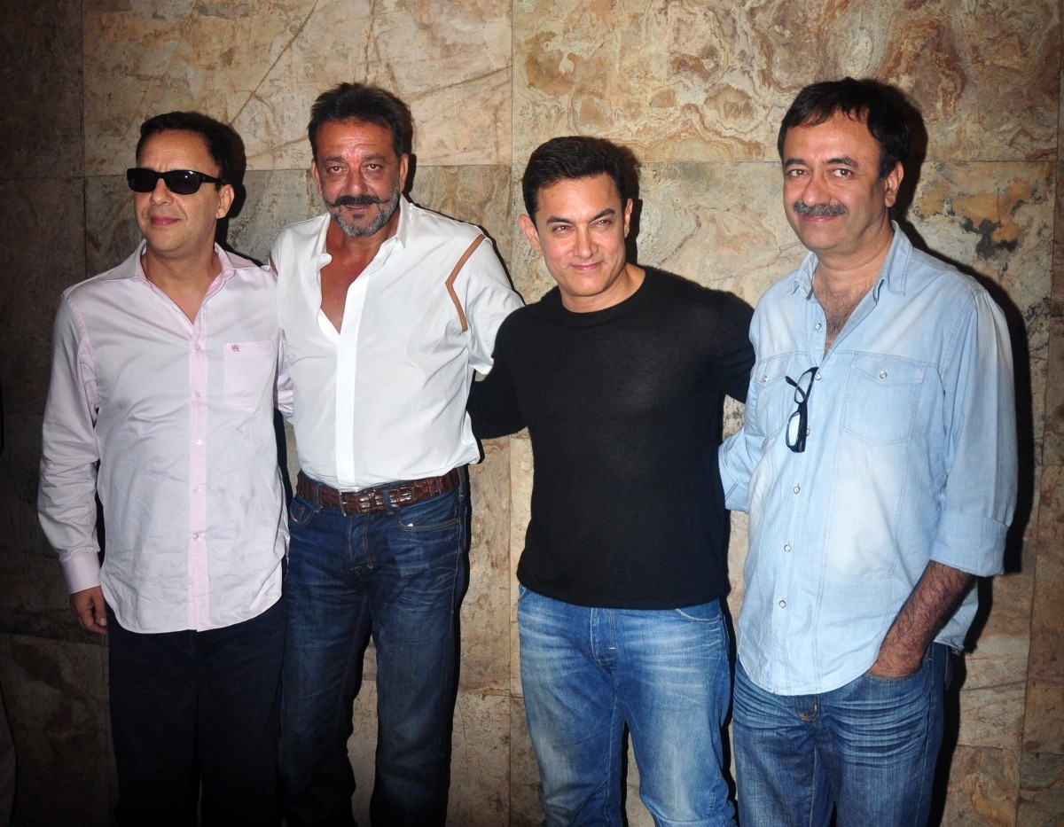 Sanjay Dutt Out on Parole; Rajkumar Hirani hosts Special Screening of 'PK' for Him