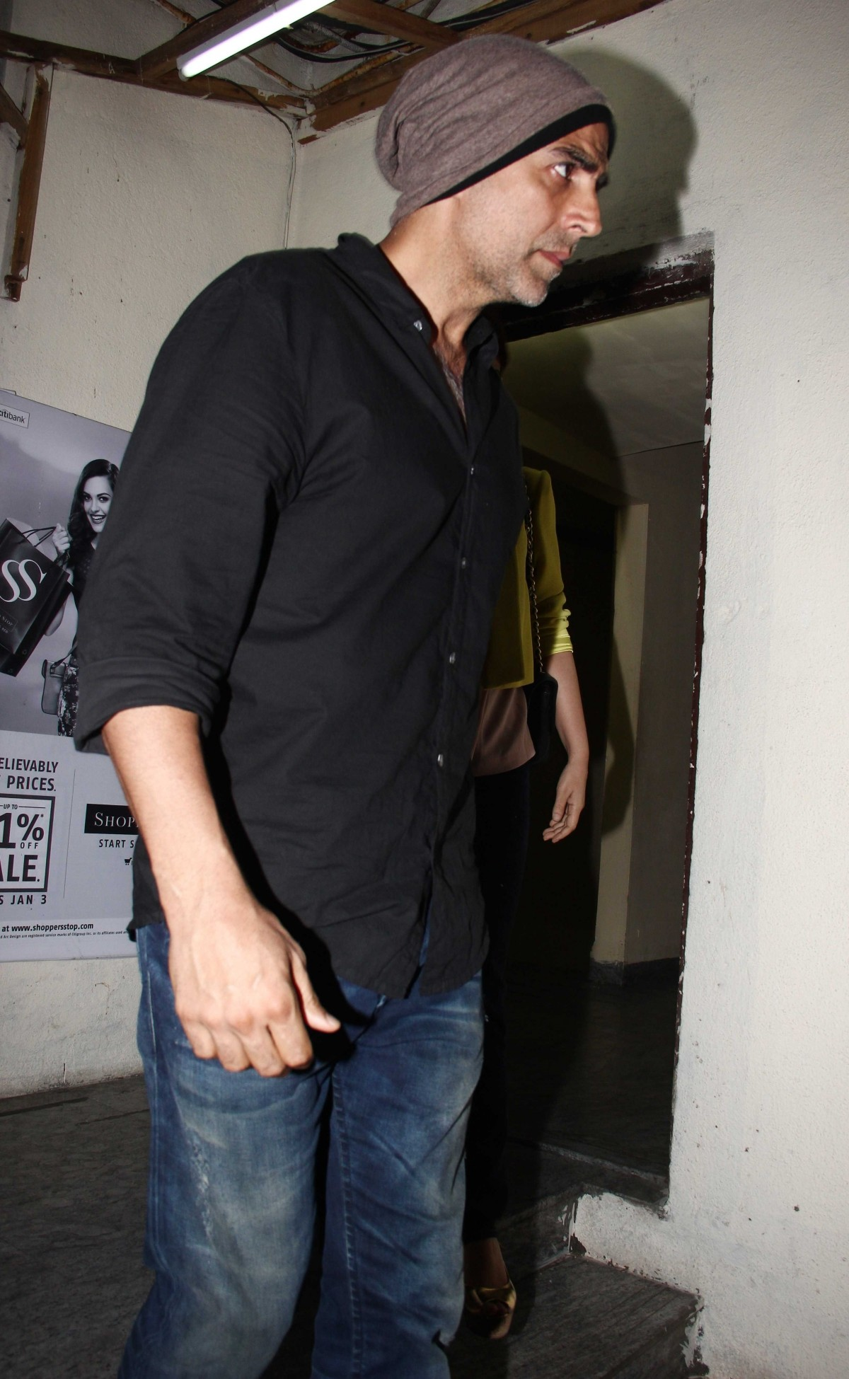 Akshay Kumar, Twinkle Khanna spotted coming out from PVR Juhu