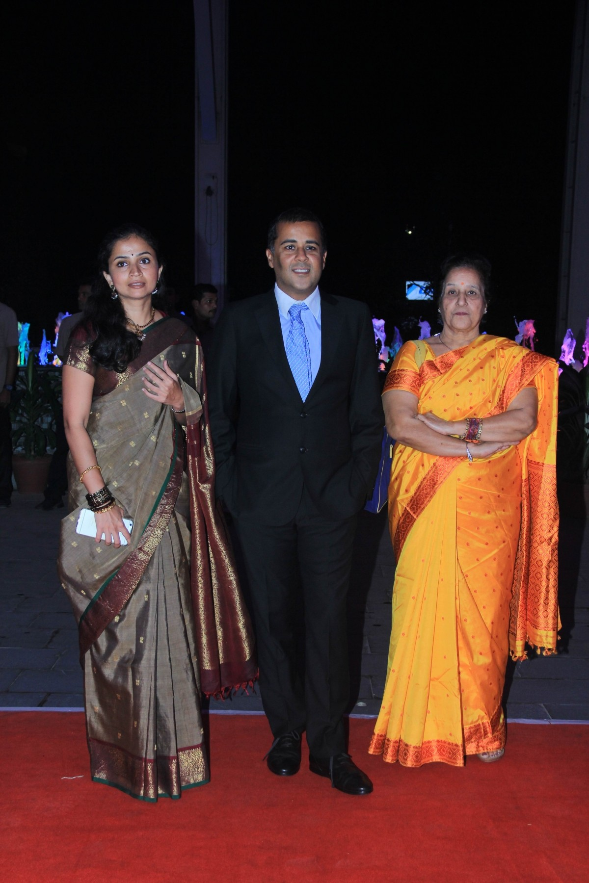 Chetan Bhagat and wife arrives for Kussh Sinha's reception party
