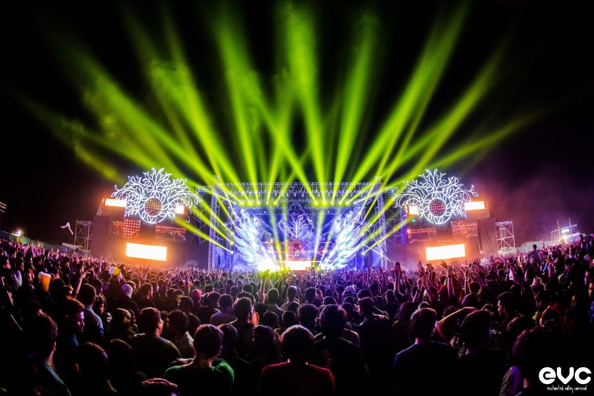 Mumbai Thrills in Enchanted Valley Carnival 2014