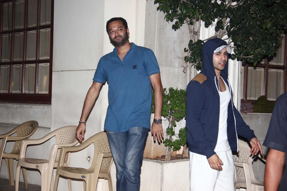 Varun Dhawan, Arjun Kapoor, Karan Johar Spotted at Bandra