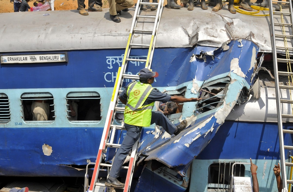Rescue operations after Bangalore Ernakulam Express Derails