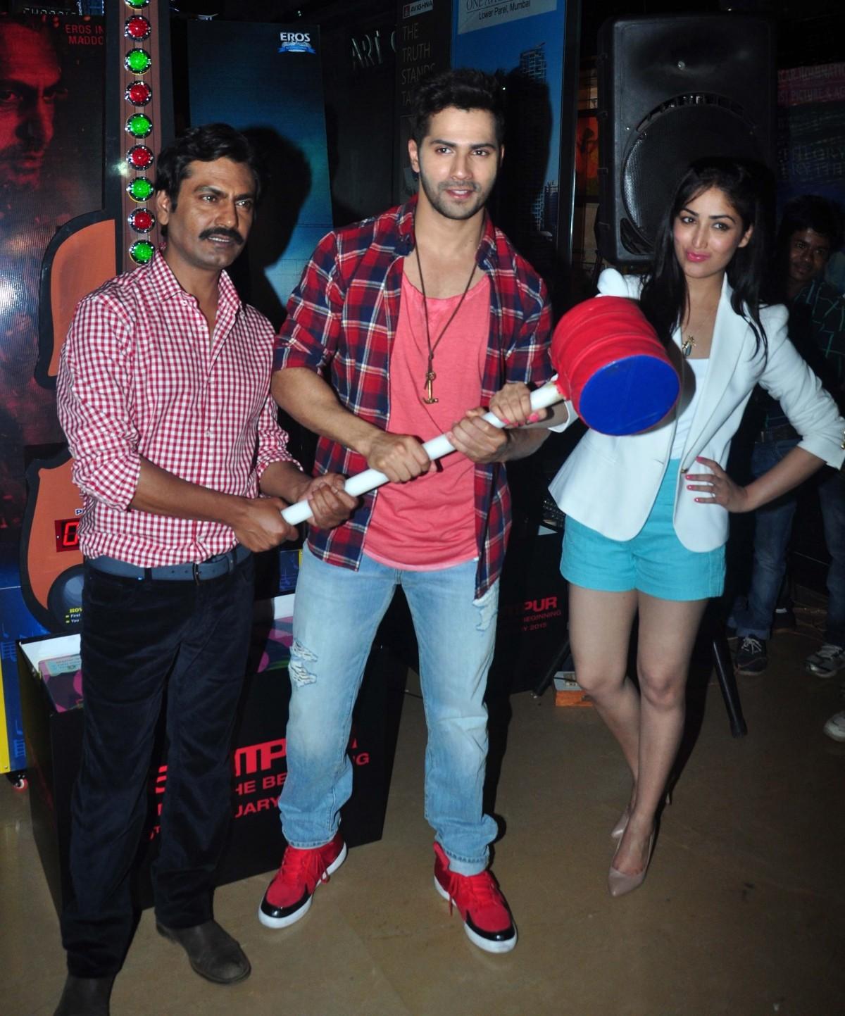 Nawazuddin Siddiqui, Varun Dhawan and Yami Gautam during 'Badlapur' promotions