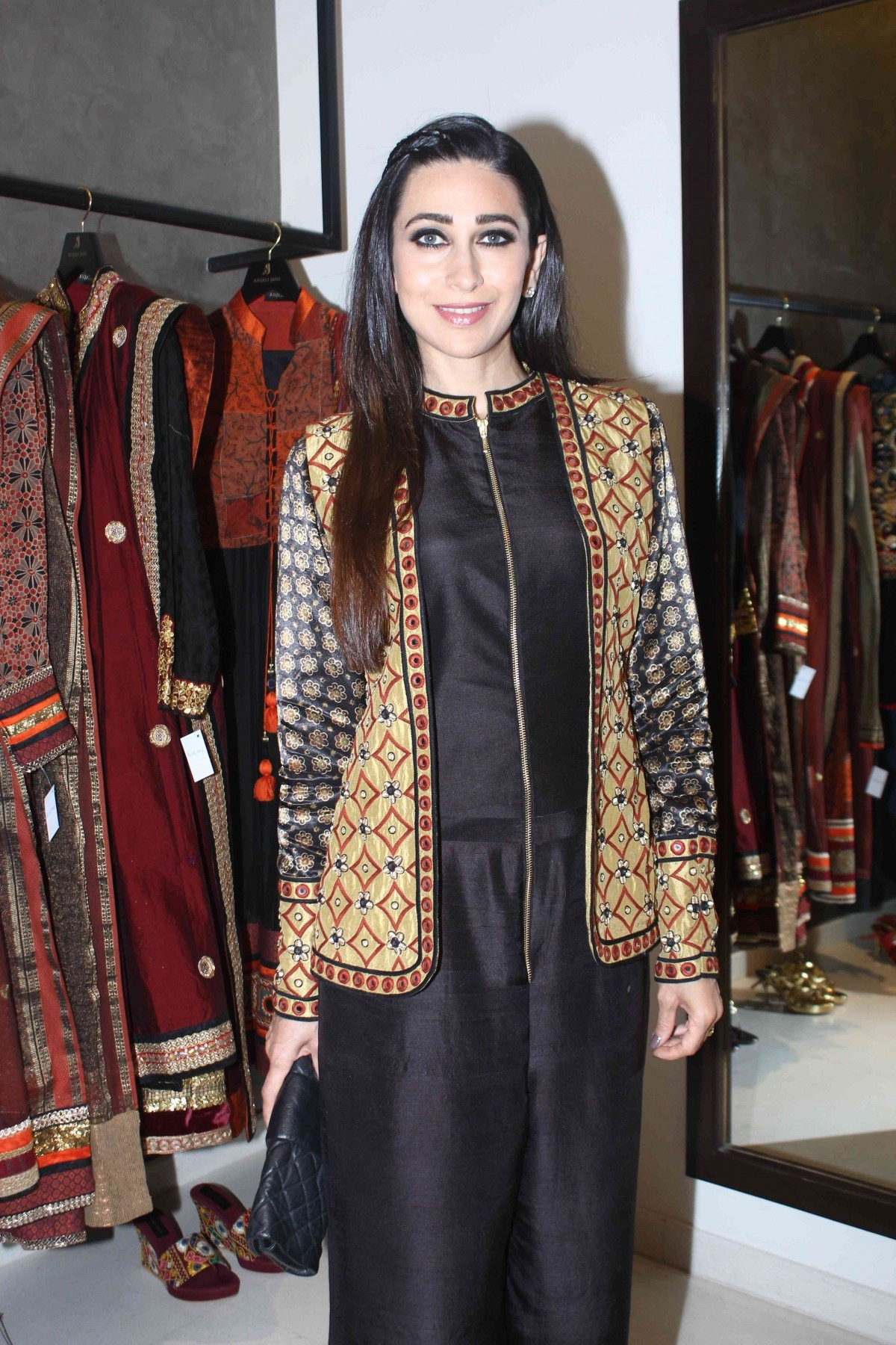 Karisma Kapoor Look Glamorous at a Store Launch in Mumbai