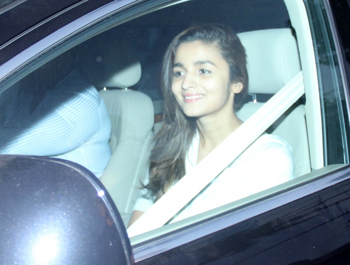 Bollywood Lovebirds Sidharth Malhotra, Alia Bhatt Snapped While Shooting for Commercial