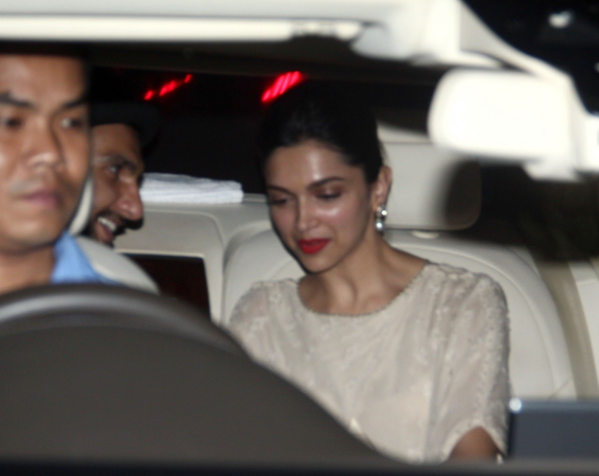 Lovebirds Deepika – Ranveer Spotted Together at Karim Morani's Birthday Bash