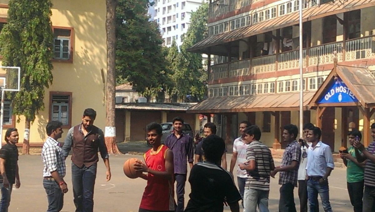 'All Is Well': Abhishek Bachchan Snapped Playing Basketball with Students on His Free Time