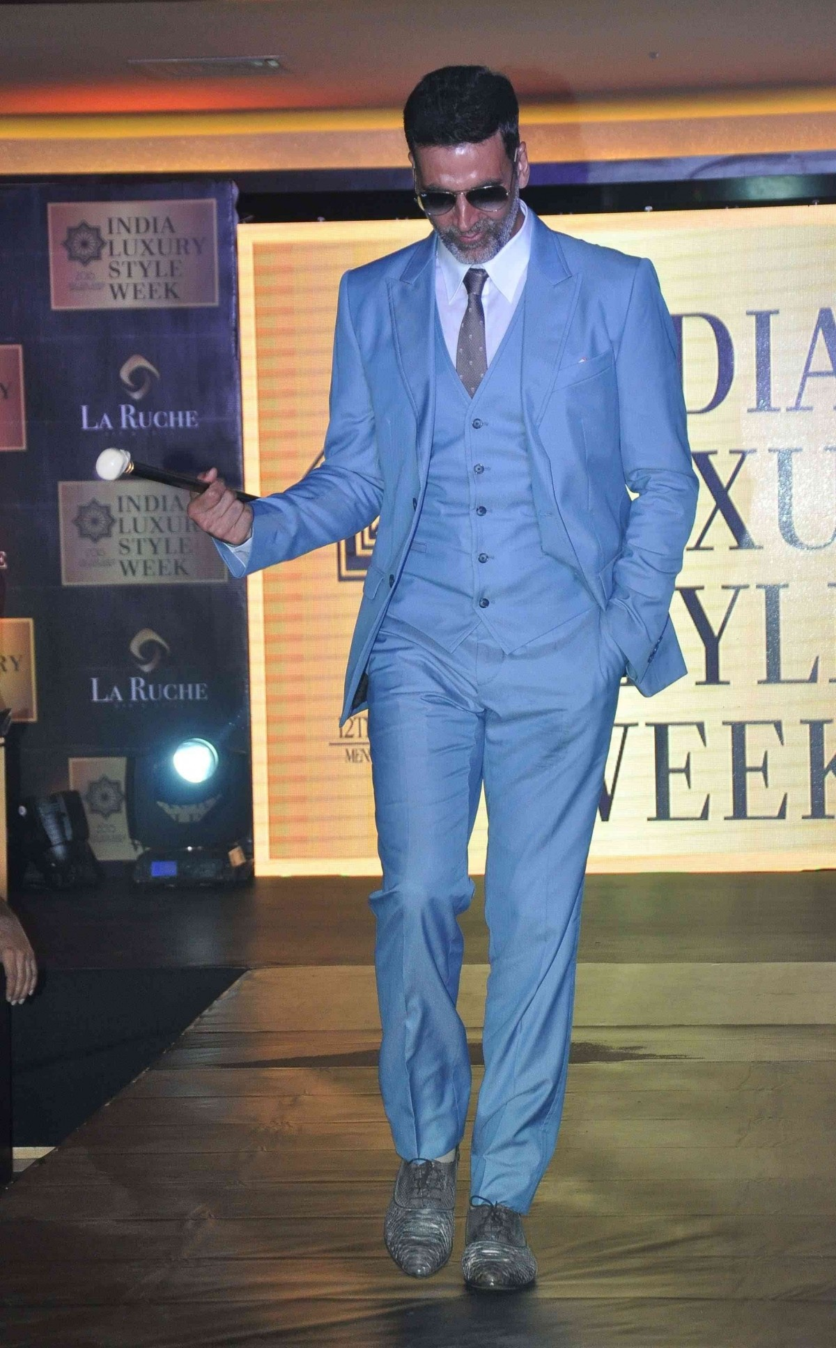 Akshay Kumar Walks The Ramp at The India Luxury Style Week 2015