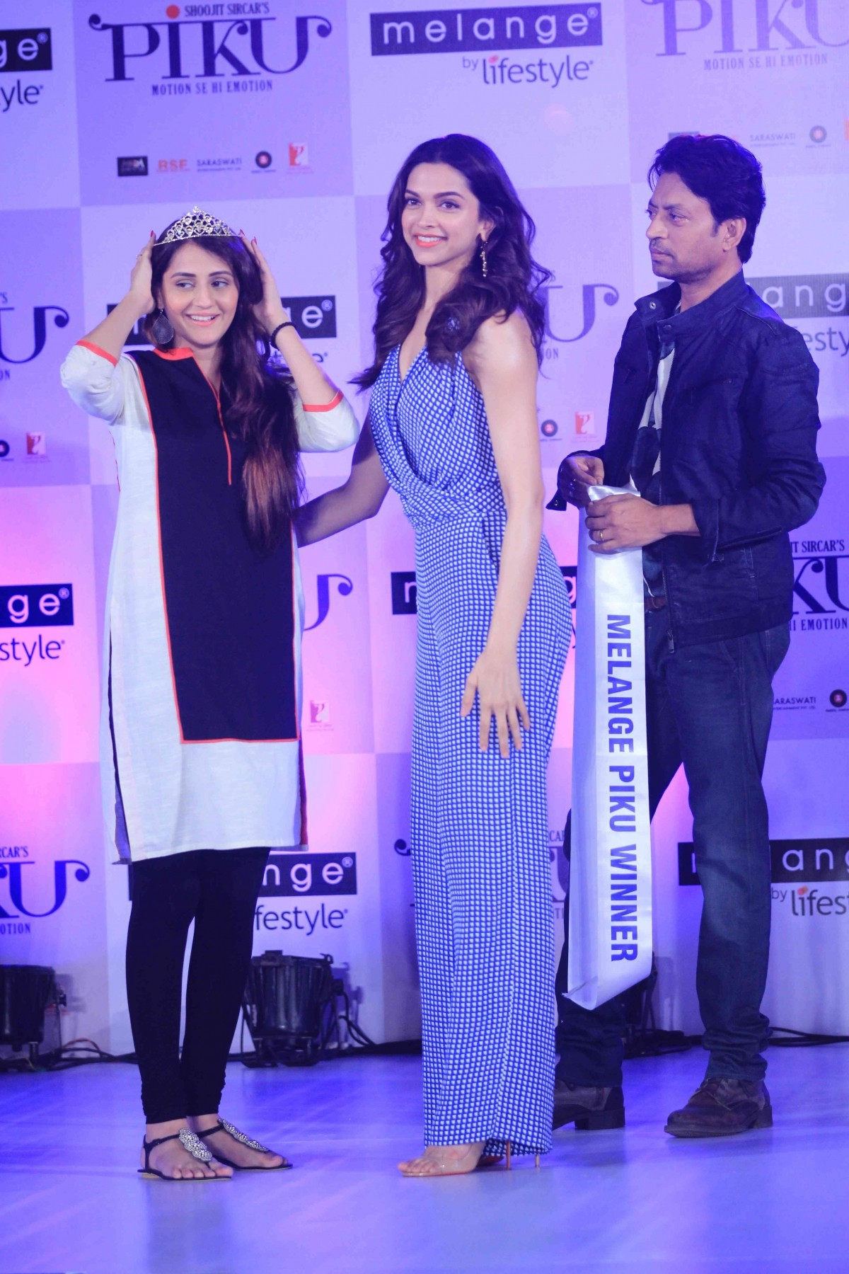 'Piku' Promotion: Deepika Padukone, Irrfan Khan Unveil 'Piku Melange Collection'