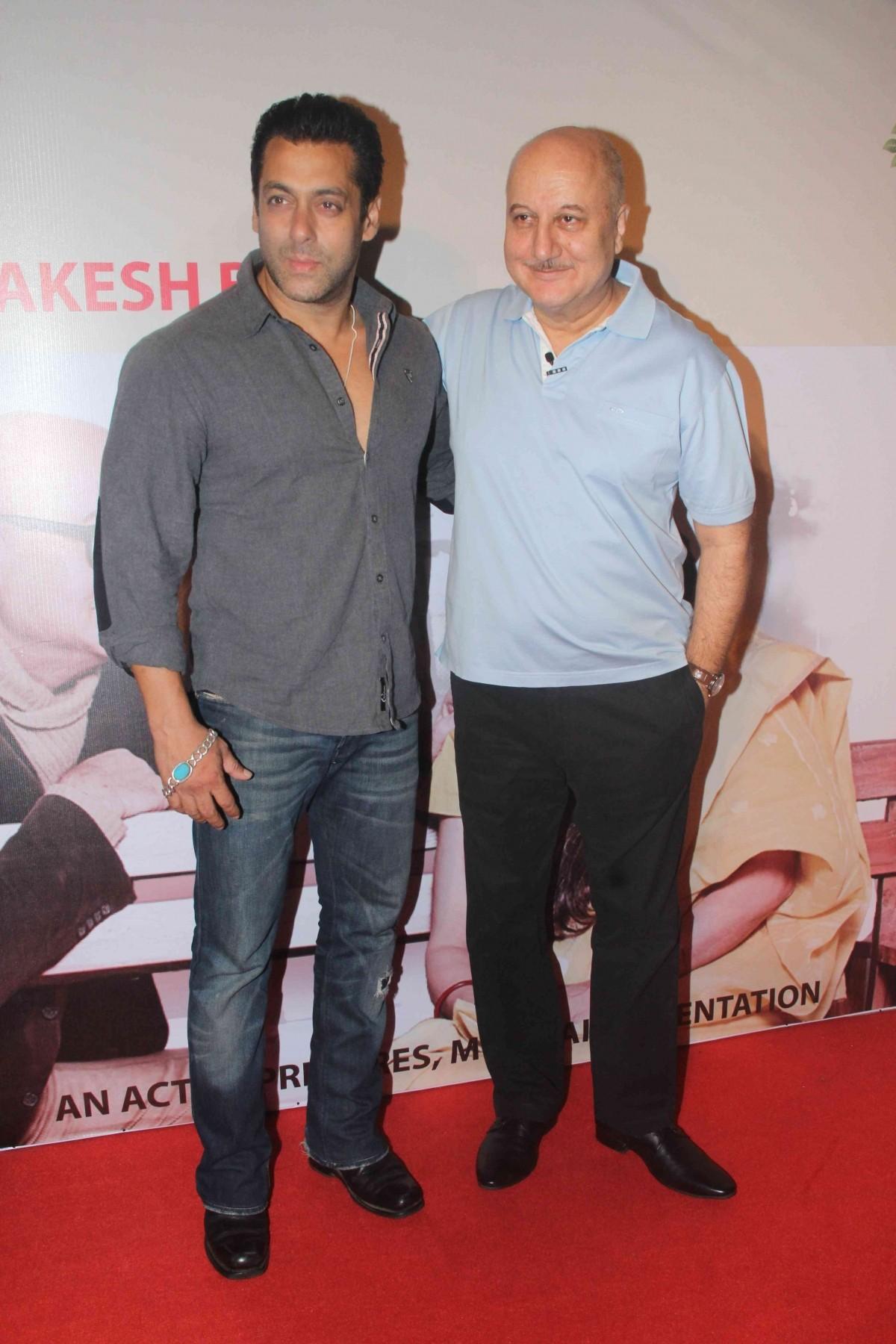 Salman Khan, Parineeti Chopra and Others Watch Anupam Kher's Play 'Mera Woh Matlab Nahi Tha'