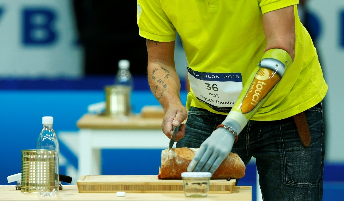 Bert Pot of Germany competes during the Powered Arm Prosthesis Race at the Cybathlon Championships in Kloten, Switzerland October 8, 2016.
