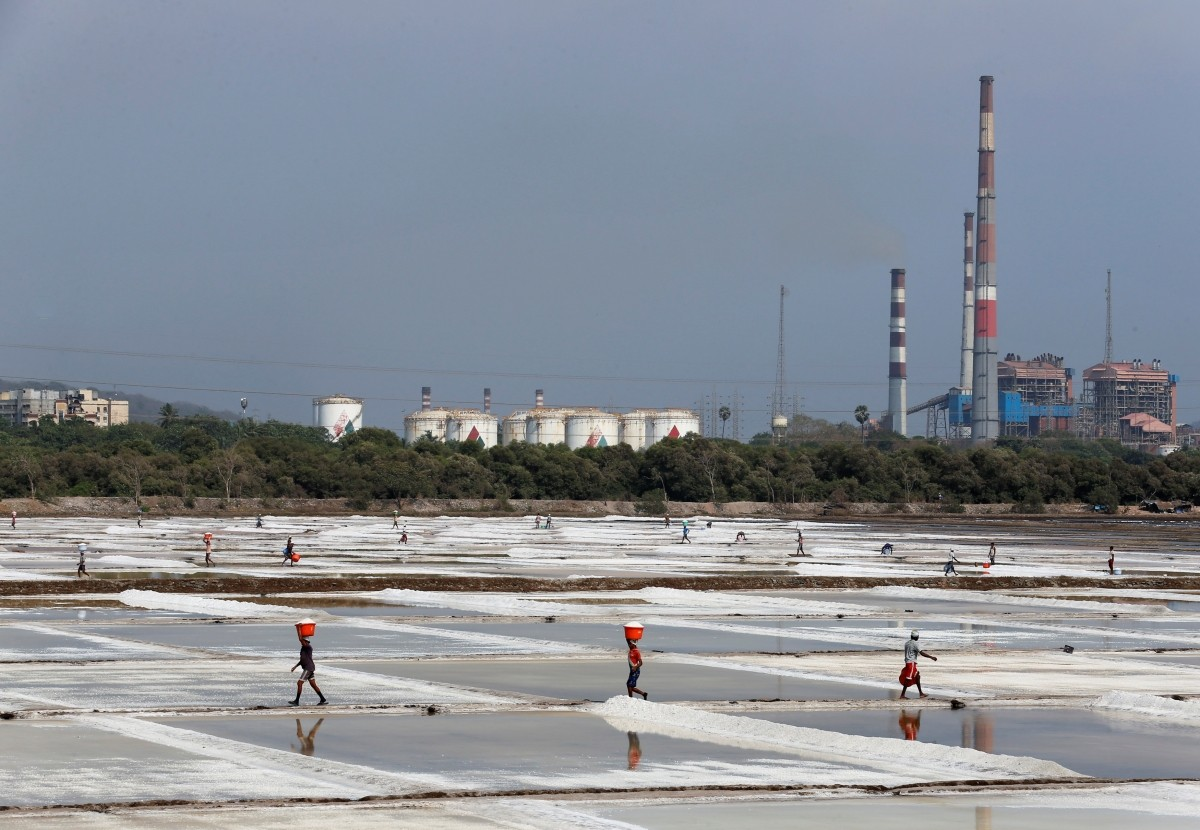 india salt production gujarat maharashtra tamil nadu consumption tata chemicals hul iodised health