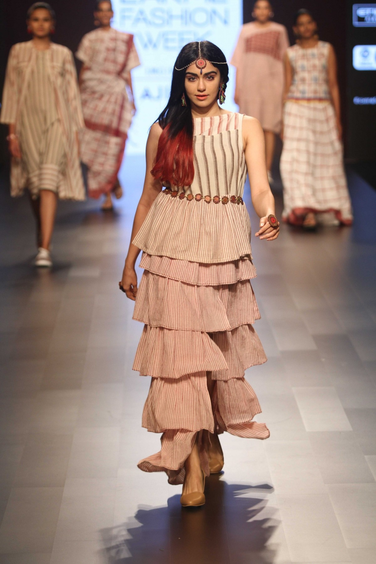 Gauhar khan lakme fashion week 64