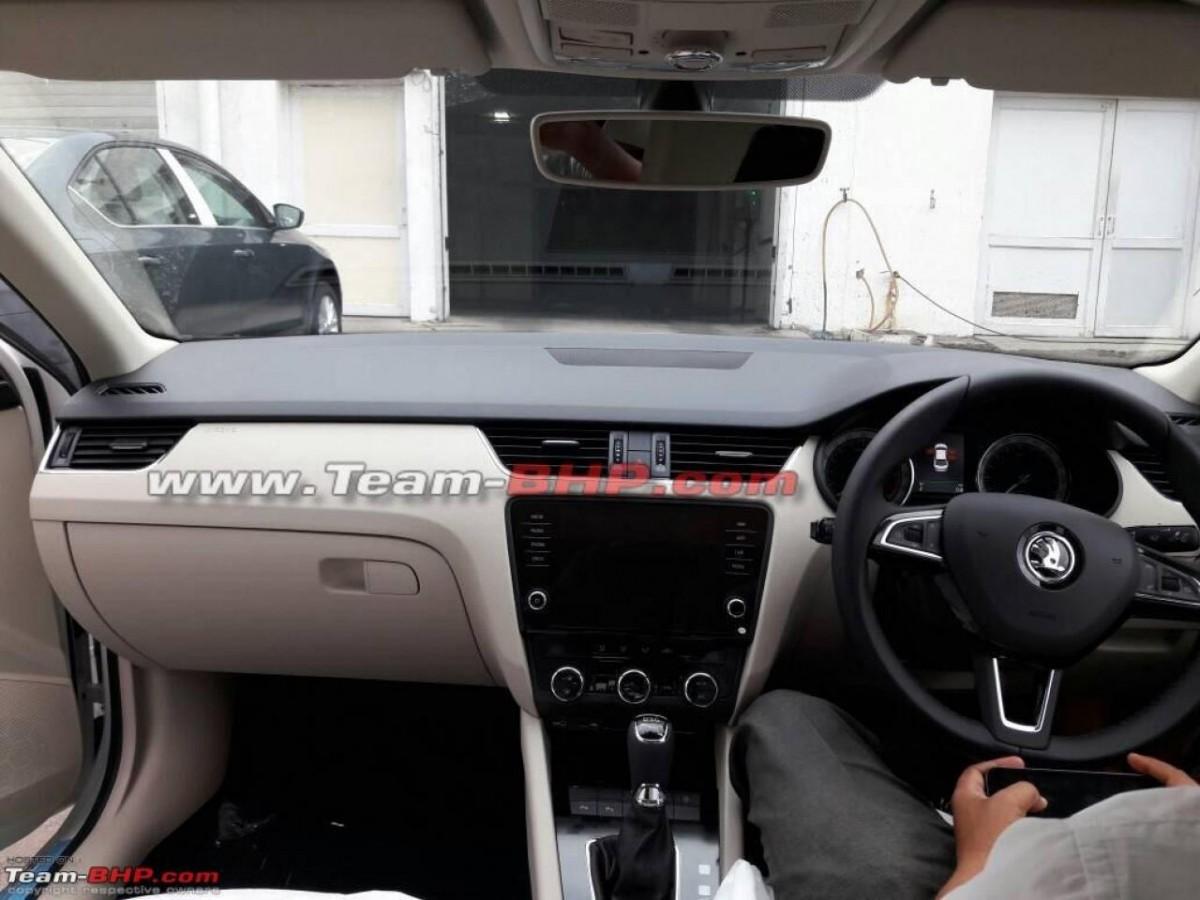 2017 Skoda Octavia facelift, 2017 Skoda Octavia facelift India, 2017 Skoda Octavia facelift launch