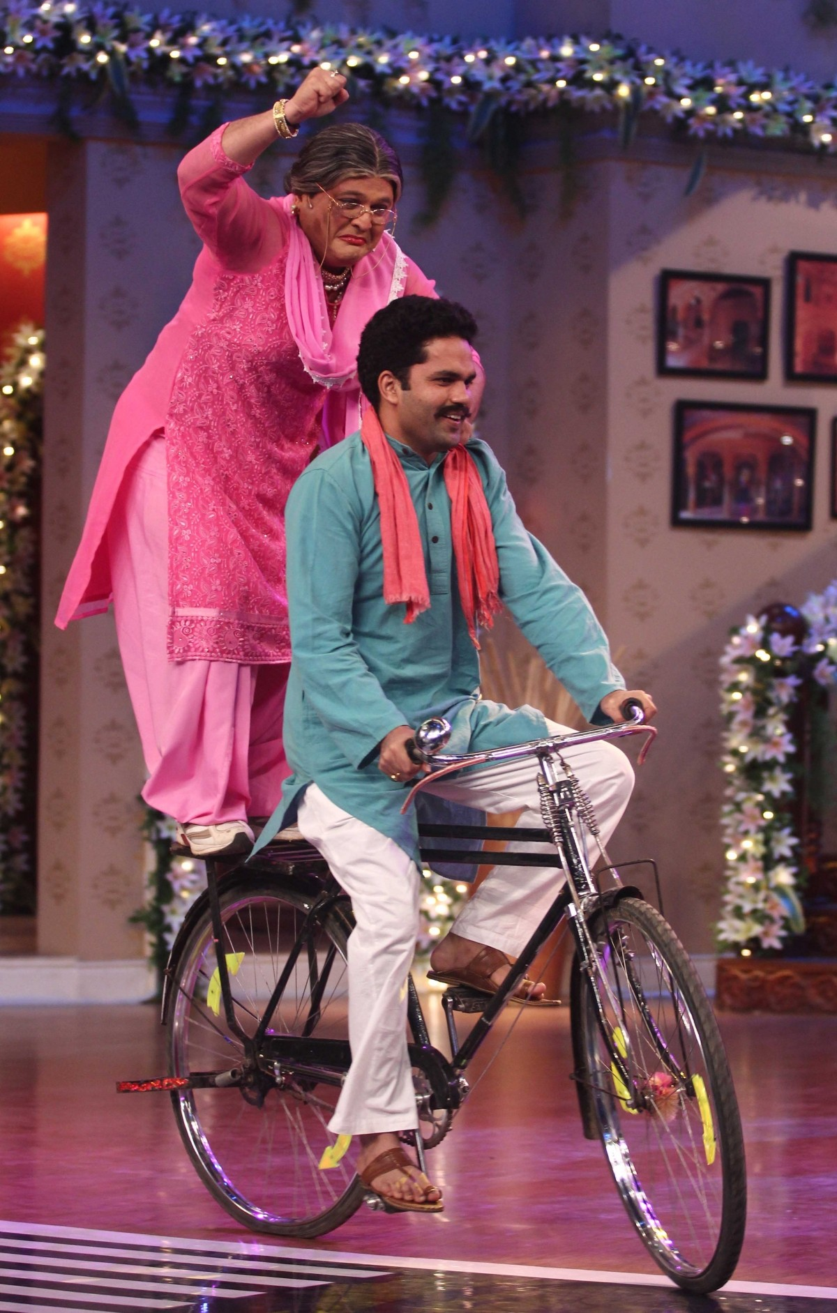 Dadi's grand entry on the show