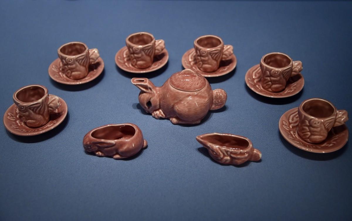 Tea set of exhibition