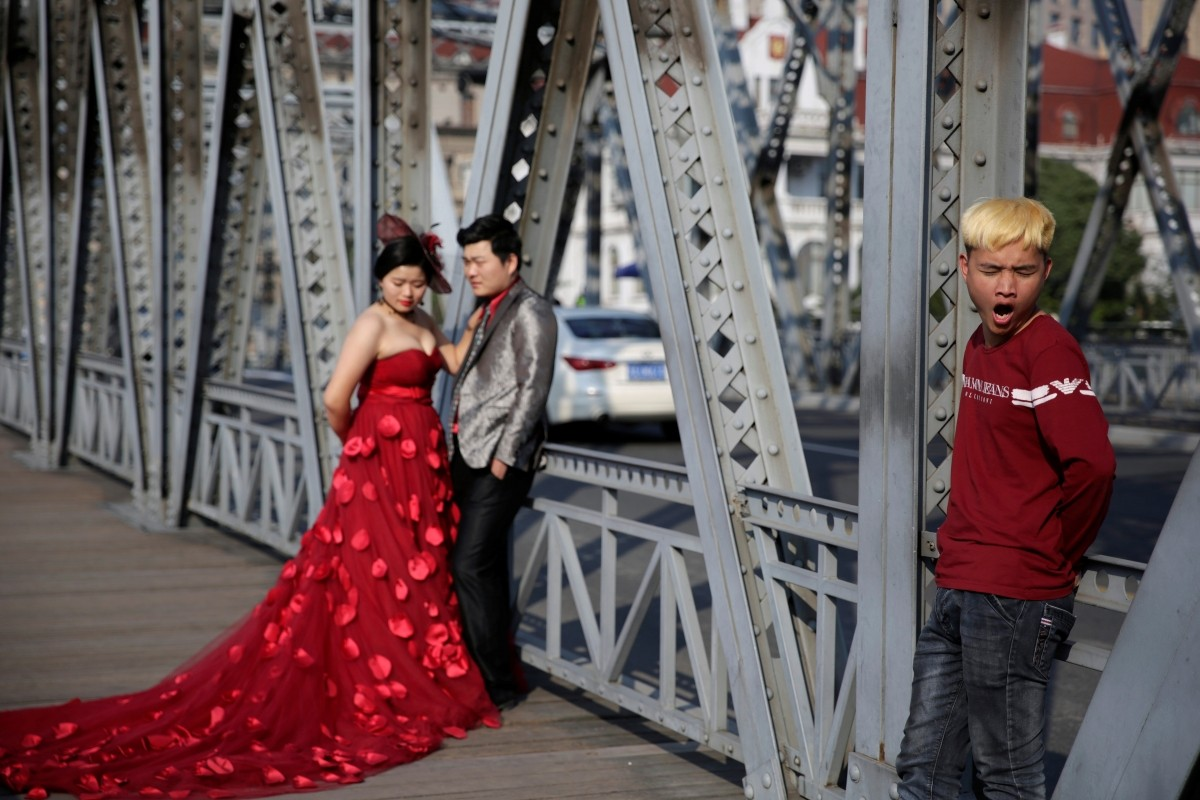 Chinese new year why red is the most important colour in for Wedding photographer assistant