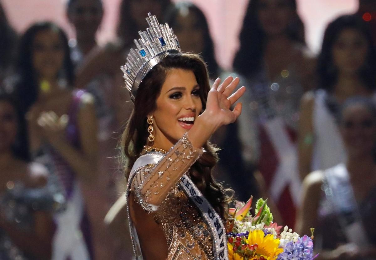 Iris Mittenaere - 65th Miss Universe (France) 1485749368_miss-universe-2016