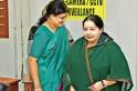 Sasikala and family likely to inherit Jayalalithaa's Rs 113.73 crore worth properties