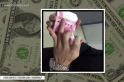 Watch how this guy counts his fat stack of cash. His technique will surely leave you awe-struck [VIRAL VIDEO]