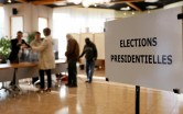 French elections 2017: Voting begins in France for next president amid tight security