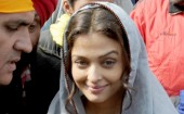 "Actress Aishwarya Rai Bachchan and the crew of Omung Kumar directorial ""Sarbjit"" shot a few scenes inside the Golden Temple in Amritsar on the occasion of Basant Panchami."