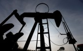Opec keeps oil output policy unchanged