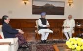 Manmohan Singh meets PM Modi