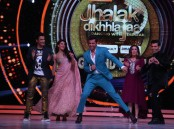Special moments of Bollywood superstar Hrithik Roshan shooting of the season finale episode of Jhalak Dikhhla Jaa...Hot Hai for the promotion of his upcoming movie 'Kaabil', joining judges Karan Johar, Ganesh Hegde, Farah Khan and Jacqueline Fernandez on the jury table.