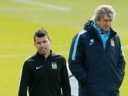 Sergio Aguero Manuel Pellegrini Manchester City