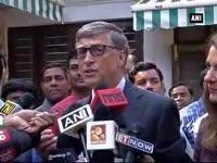 Bill Gates meets Nitin Gadkari over sanitation projects, to meet PM Modi today